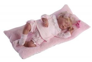 Baby reborn, pelo rubio, traje de lana perla