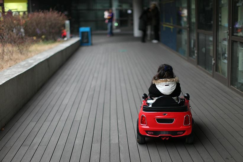 Los 7 mejores vehículos eléctricos para niños en 2021