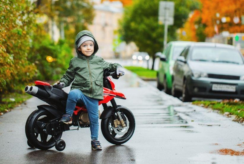 Las 10 mejores motos eléctricas para niños 2021